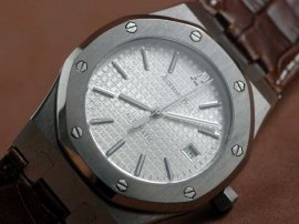 オーデマ・ピゲAudemars Piguet Royal Oak Jumbo 39mm SS/LE White Swiss Eta 2824自動巻き
